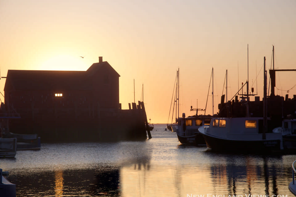 <div class='title'>           Motif 1 Rockport Harbor Summer Solstice Sunrise bjfyco         </div>