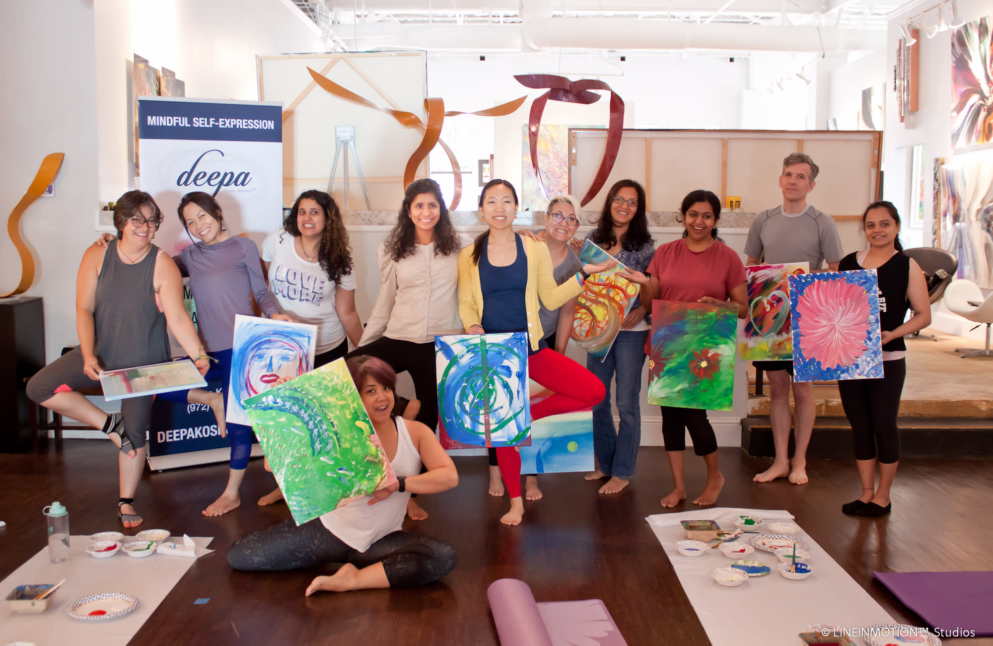 <div class='title'>           Yoga&Art   Group         </div>