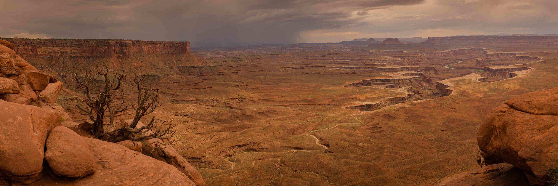 <div class='title'>           Colorado River Vista smaller         </div>