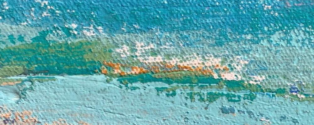<div class='title'>           sea texture crop strip 1000x400         </div>