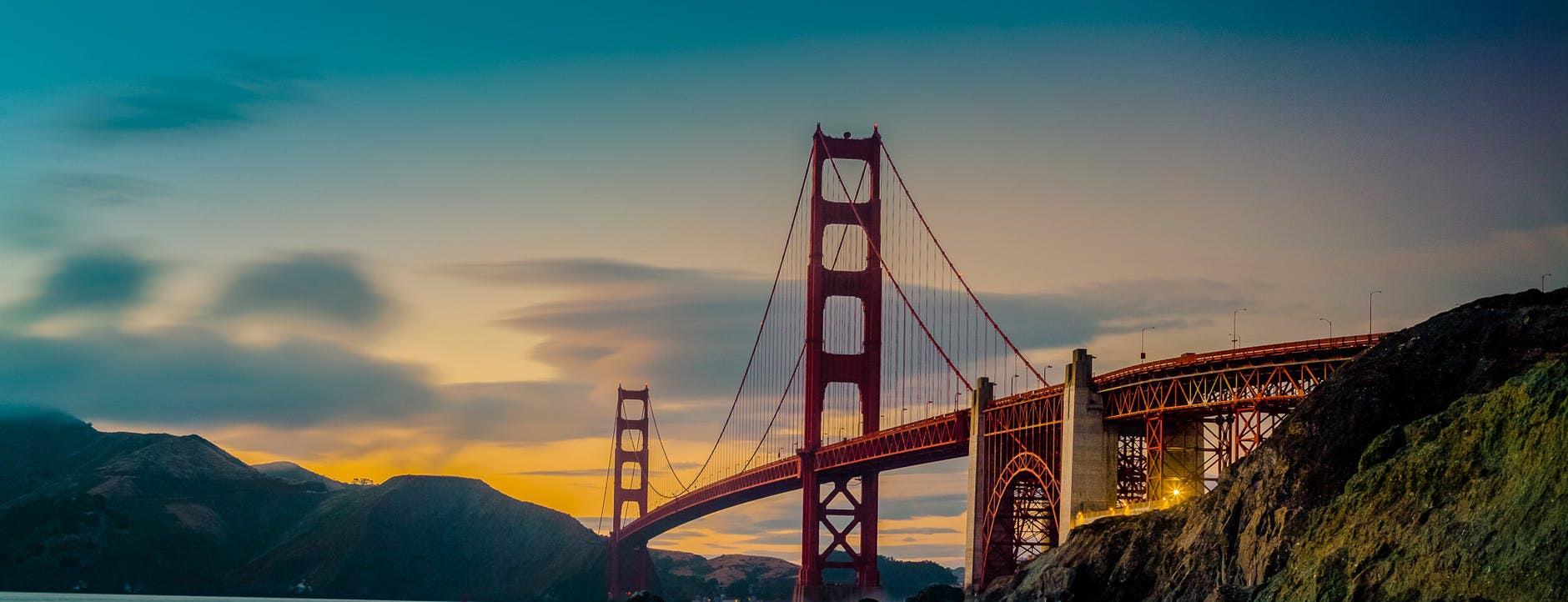 <div class='title'>           San Francisco 3 w         </div>