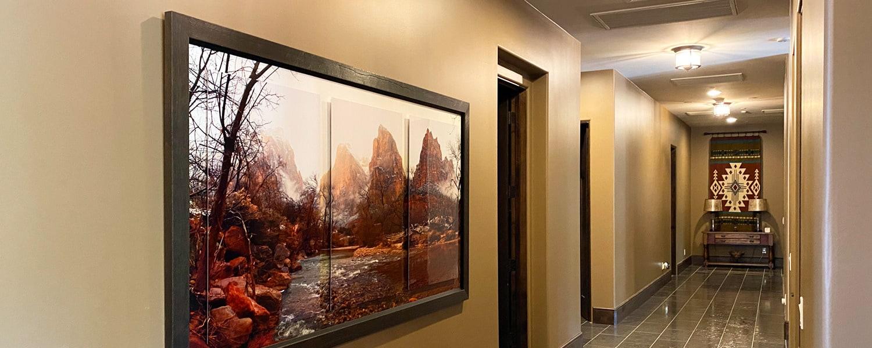 <div class='title'>           Zion Hallway 1         </div>