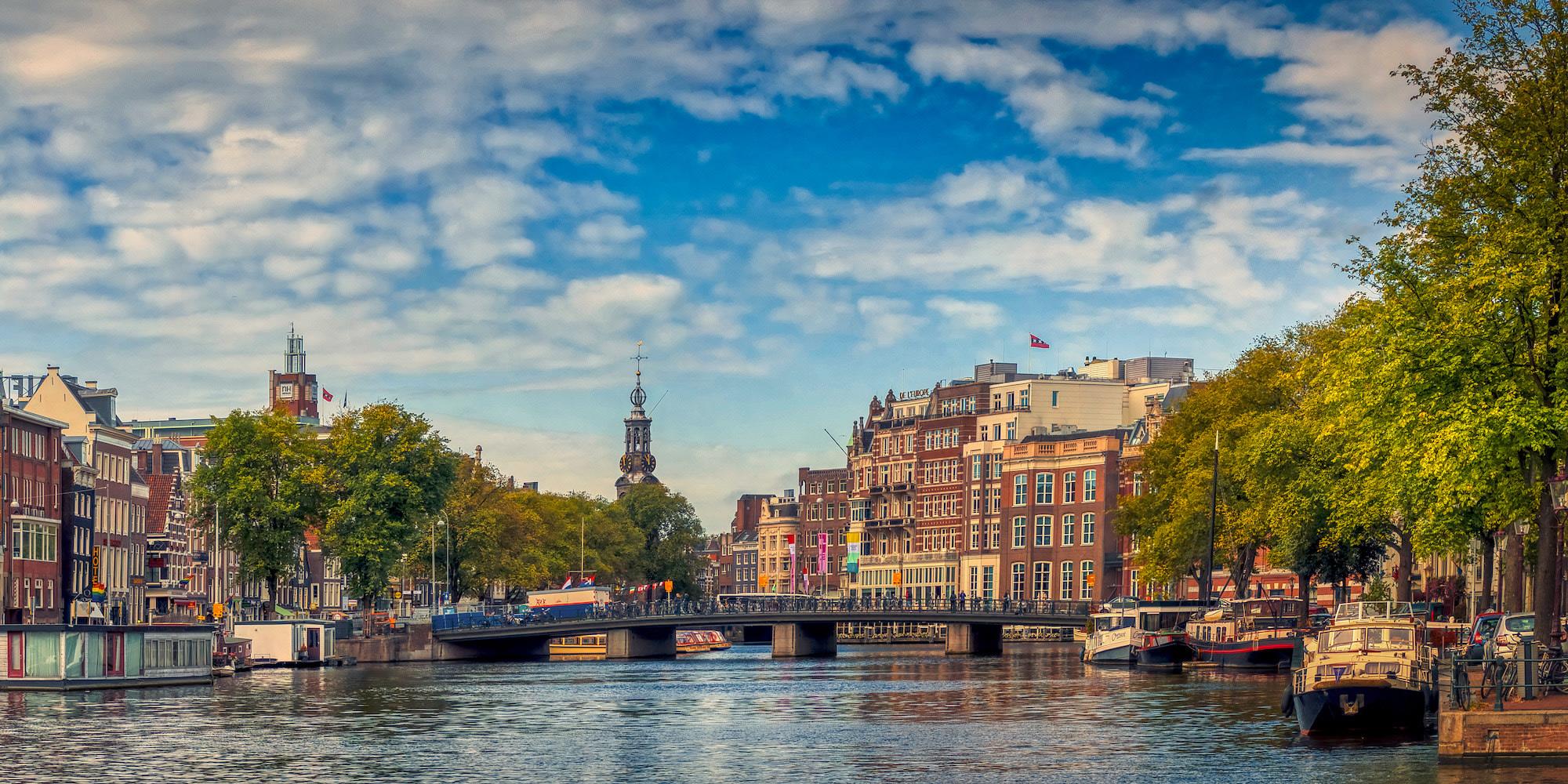 <div class='title'>           Amsterdam PanoRightASF         </div>