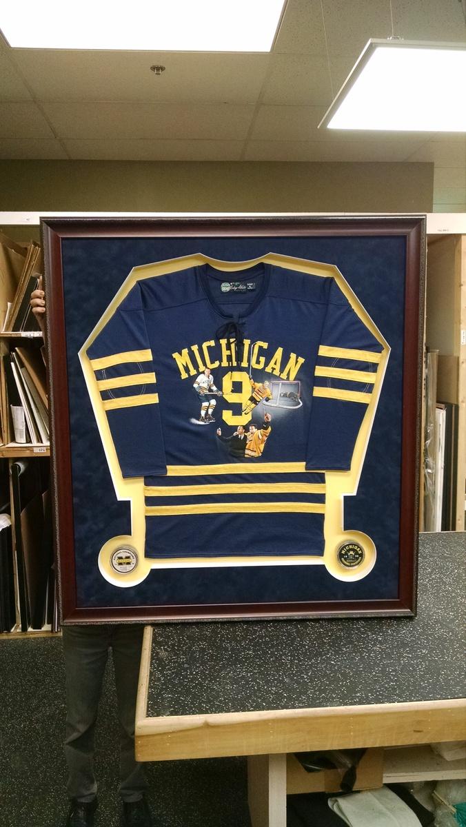 Michigan_hockey_jersey_yxdres