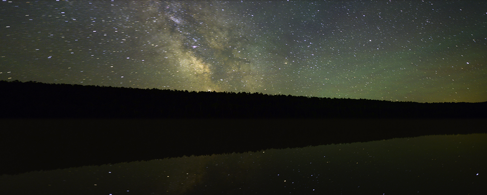 Fannt_hooe_lake_and_the_milky_way_copy_cot22r