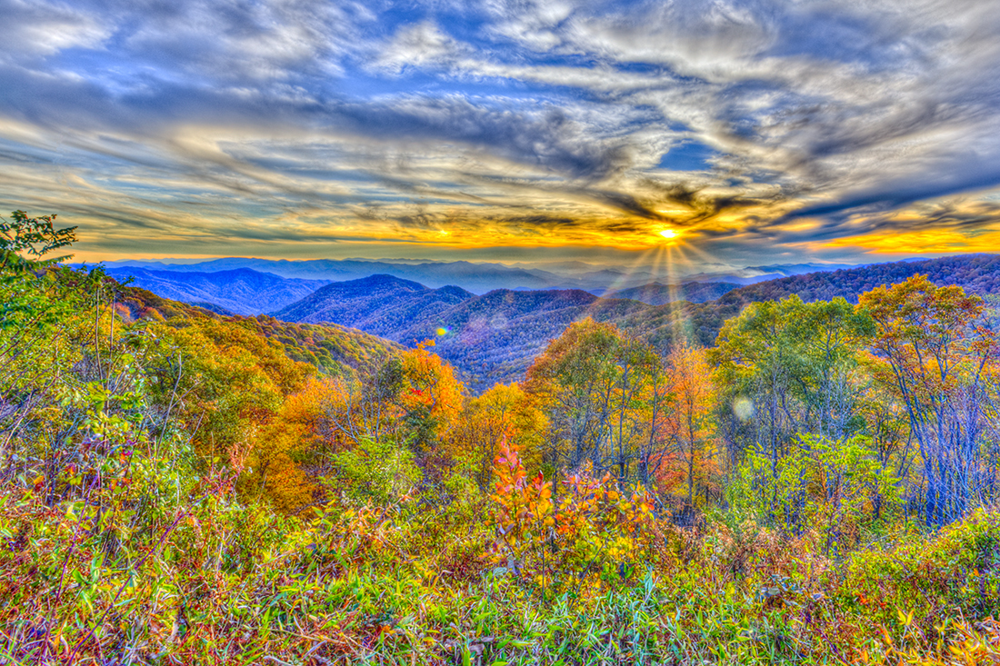 Blue_ridge_sunset_nprc8f_abwqng
