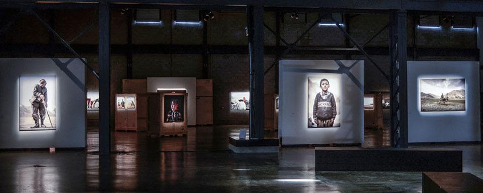 Slide_exhibition_0010_varial_exhibition_001_lulwj6