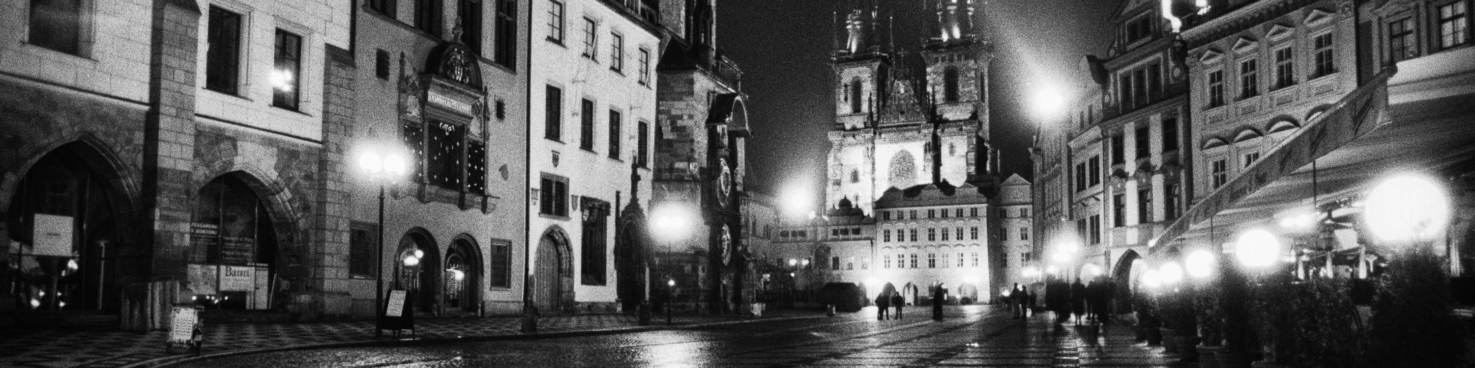 <div class='title'>           Old-Town-Square--Prague--Czech-Republic-Prague-646-25-BW-ASB-yrxqqc         </div>