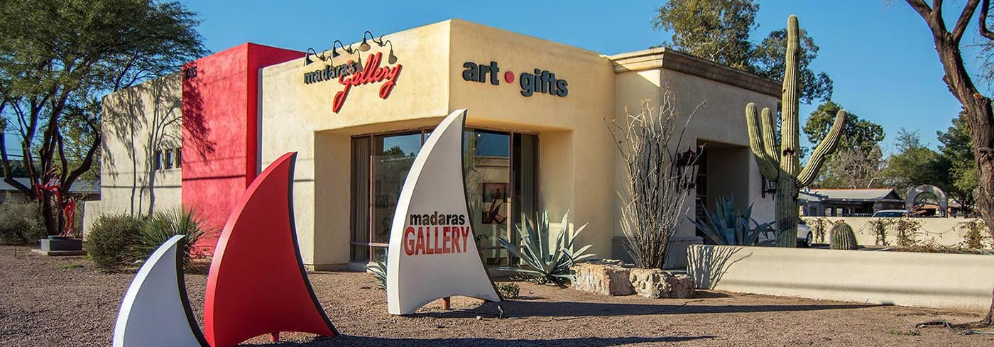 <div class='title'>           Madaras Gallery in Tucson, AZ         </div>                 <div class='description'>                    </div>