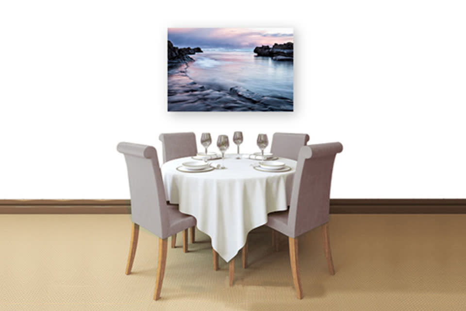 Dining_room_with_serenity_sea_diwrb5