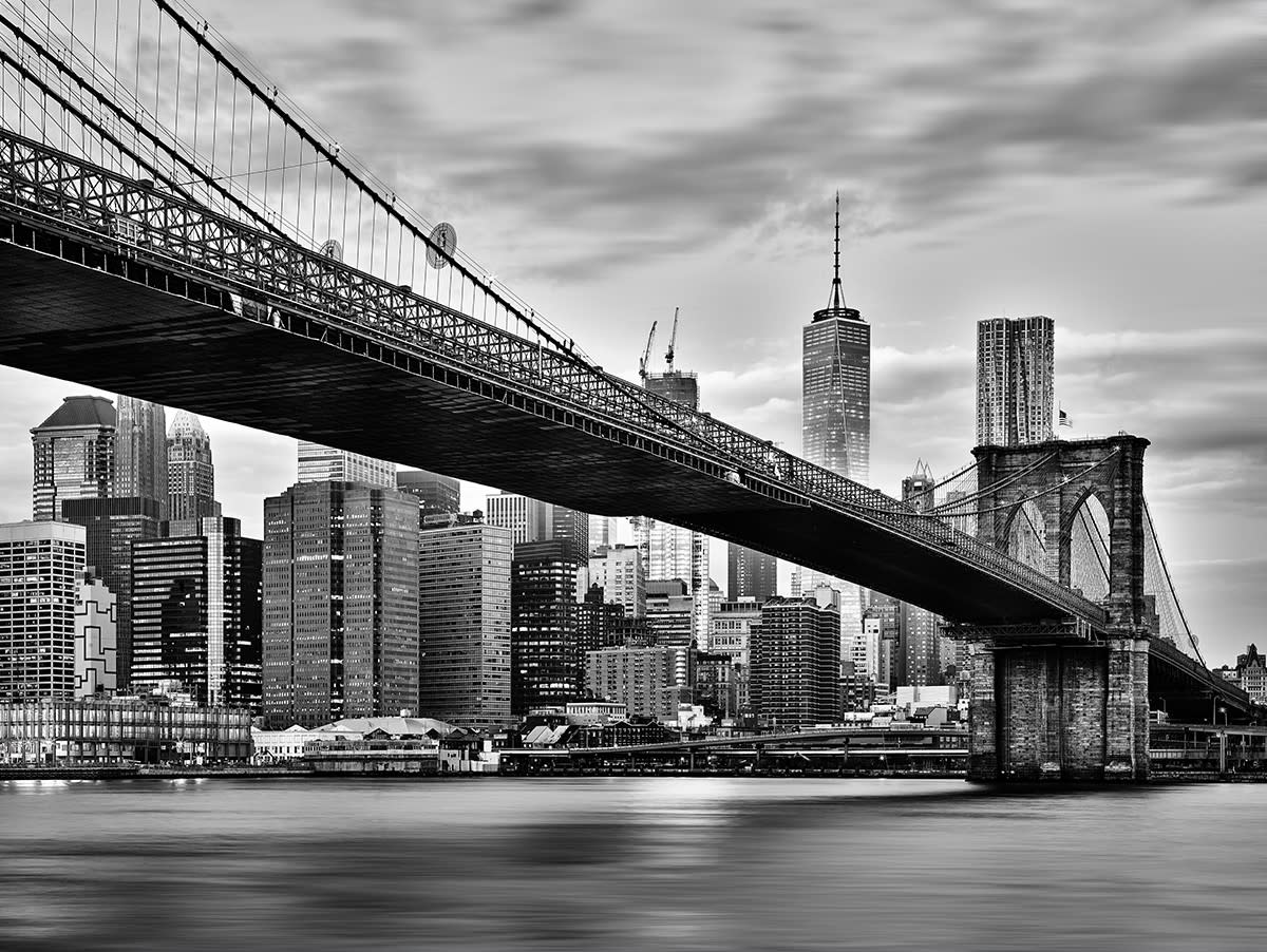 <div class='title'>           thumbnail Brooklyn Bridge black and White         </div>