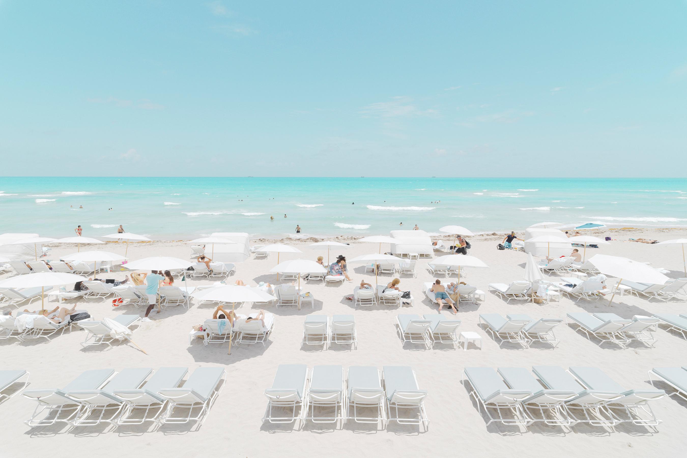 <div class='title'>           Aqua Beach         </div>
