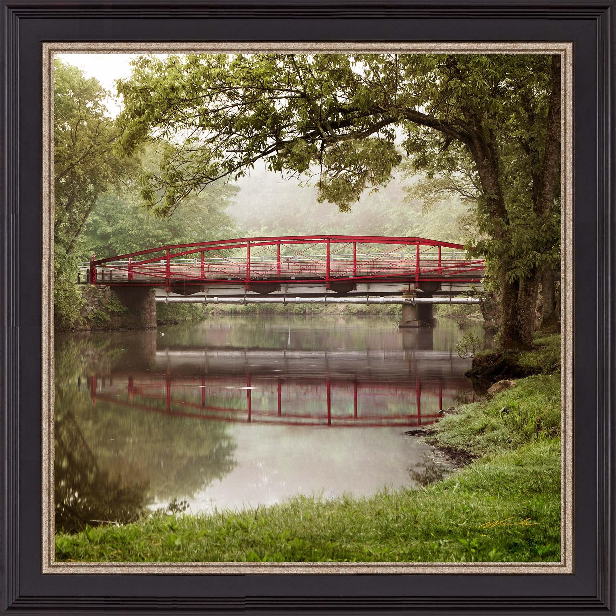 Red bridge summer framed web yxjf4h