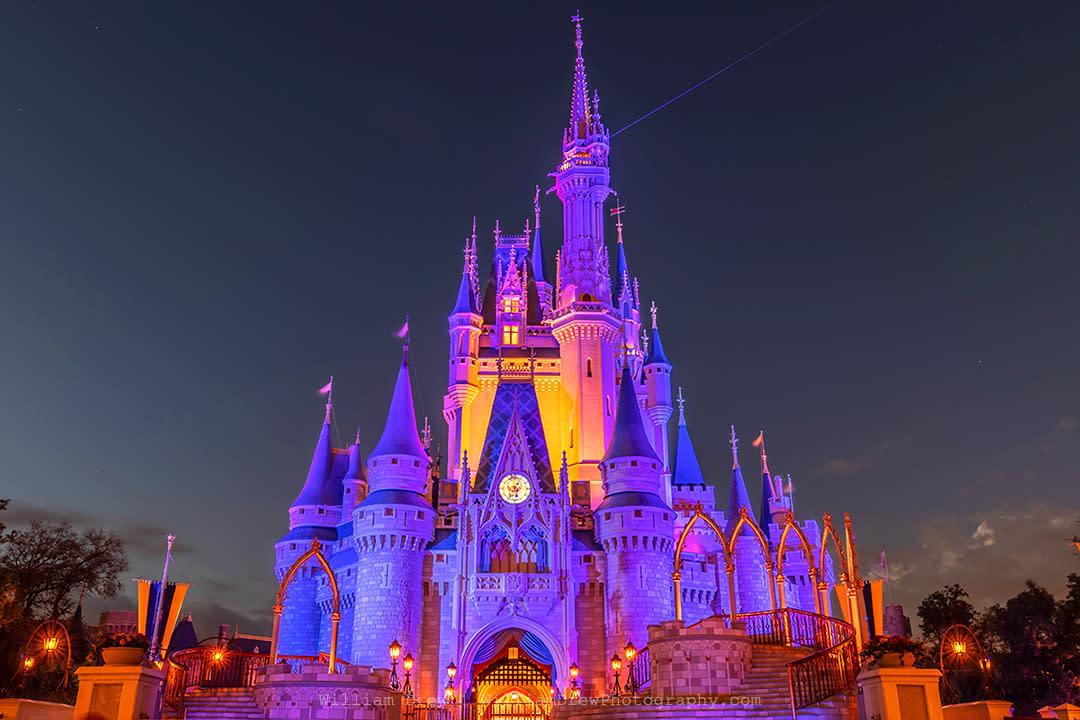 Cinderella s castle at dusk sm azrb6e