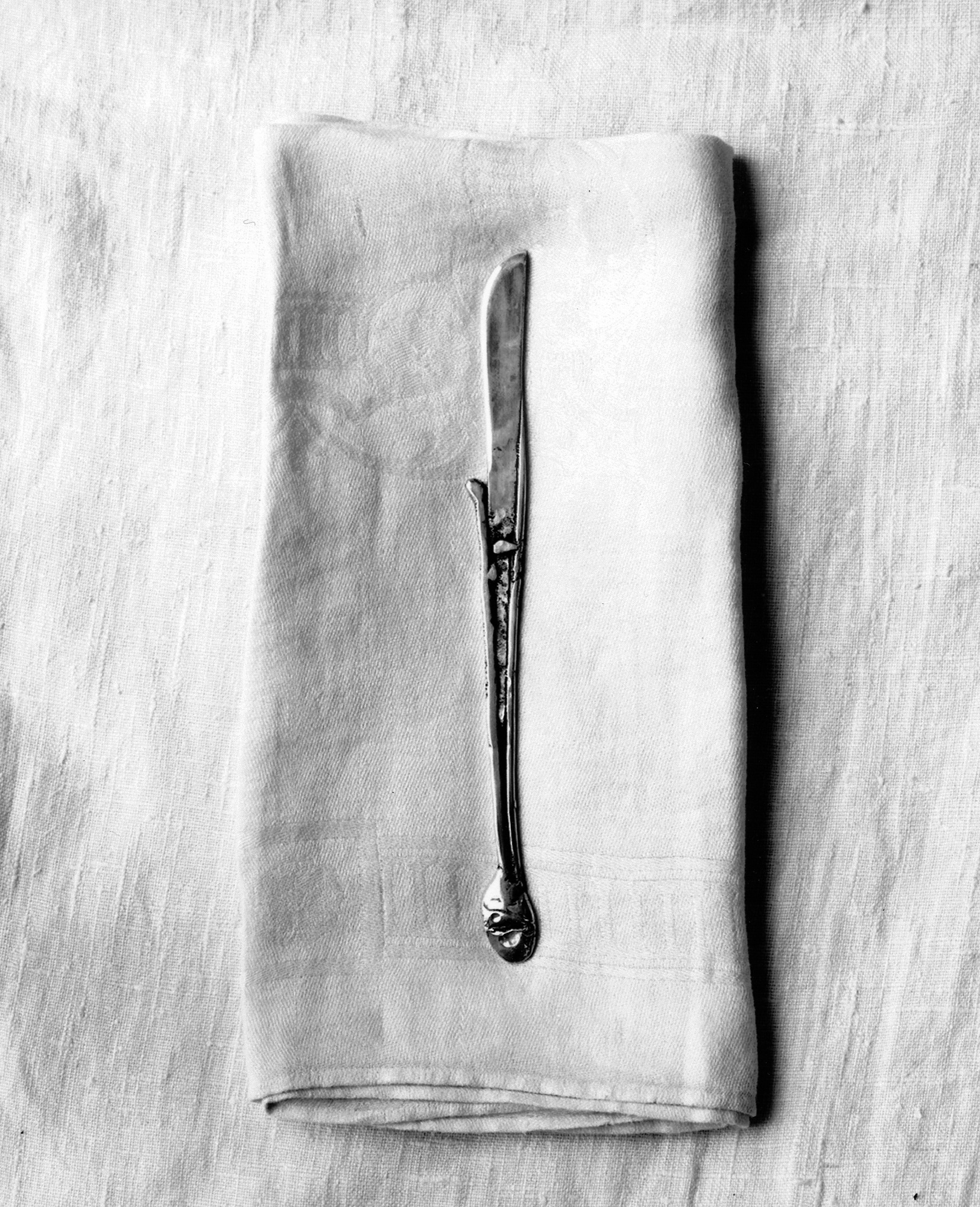 Knife igjbcm