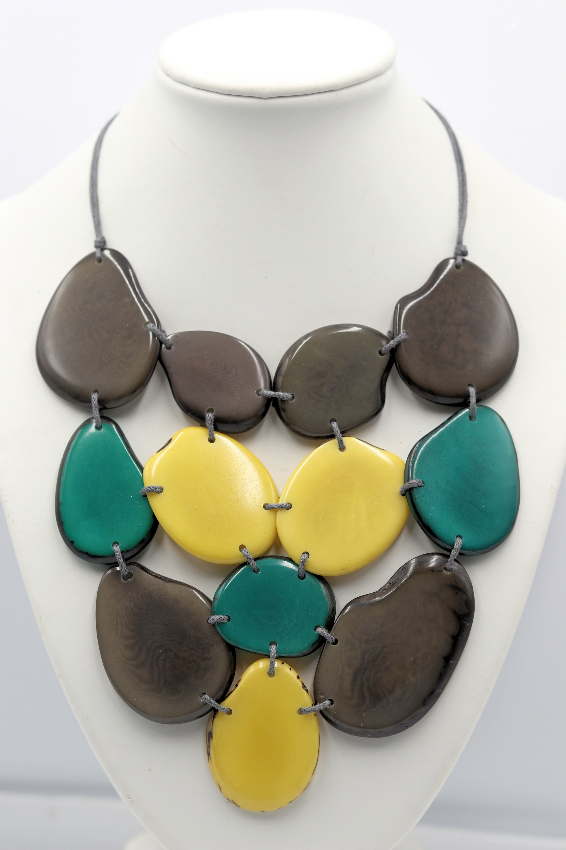Rosario jaramillo tagua nut jewelry necklace green gray yellow 38 qn6rzu