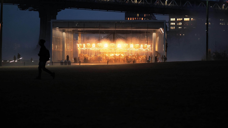 Dscf8277 nighttime carousel xs57gu