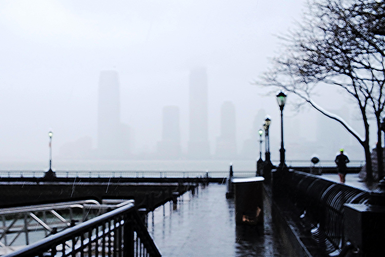 Aliens in the fog l1007647 nt8p1t