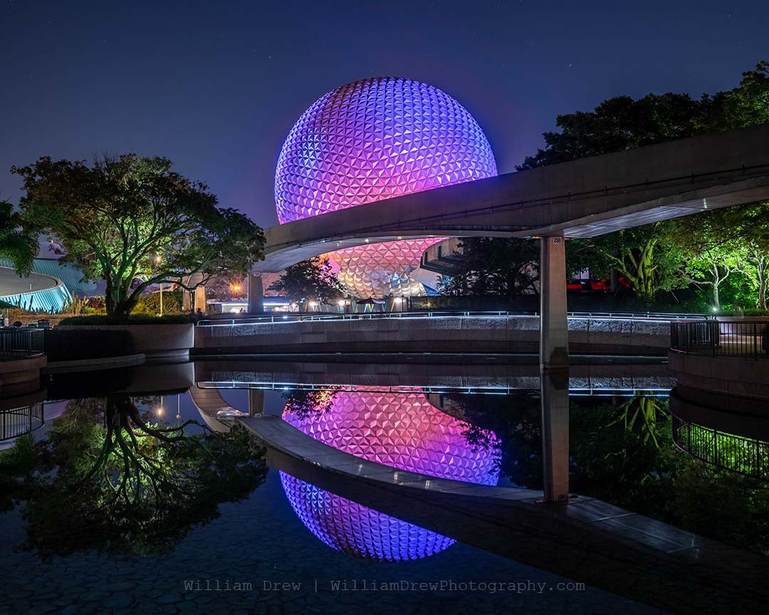 Reflections of spaceship earth sm zbpxa0