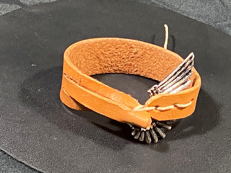 Wing bracelet xuitlc